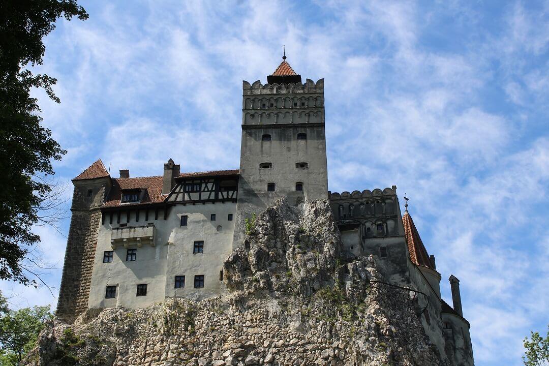 Brasov by train - Bran Castle (Dracula's Castle)