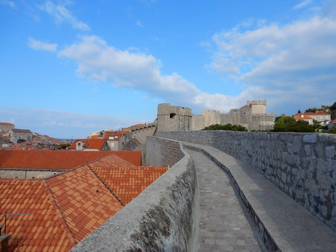 Dubrovnik by train - Early morning walk on the city walls