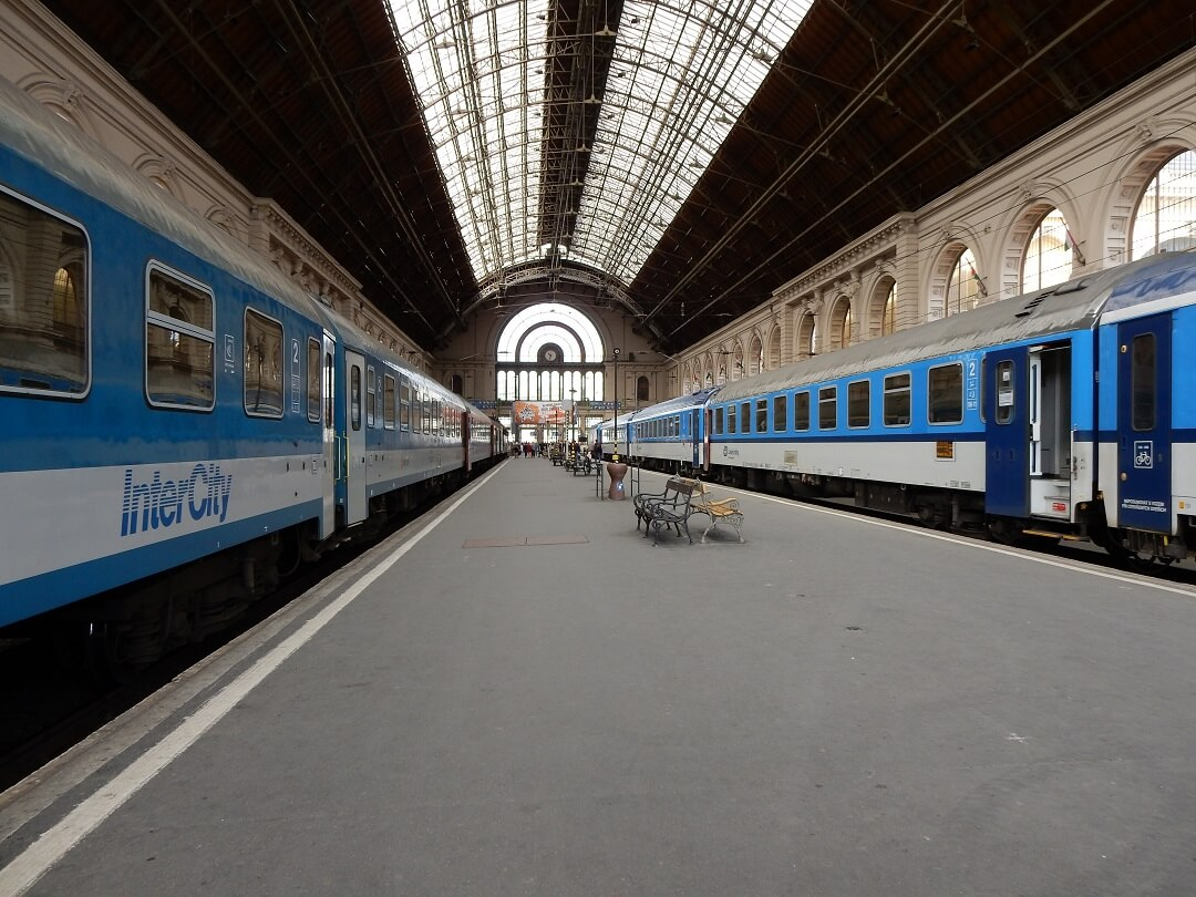 Interrail reservations in Hungary - Budapest train station