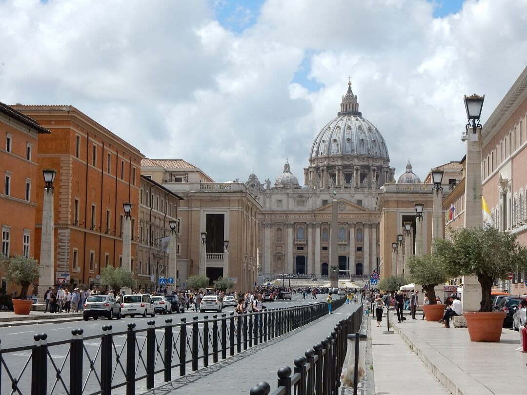 Interrail reservations in Italy - Vatican city