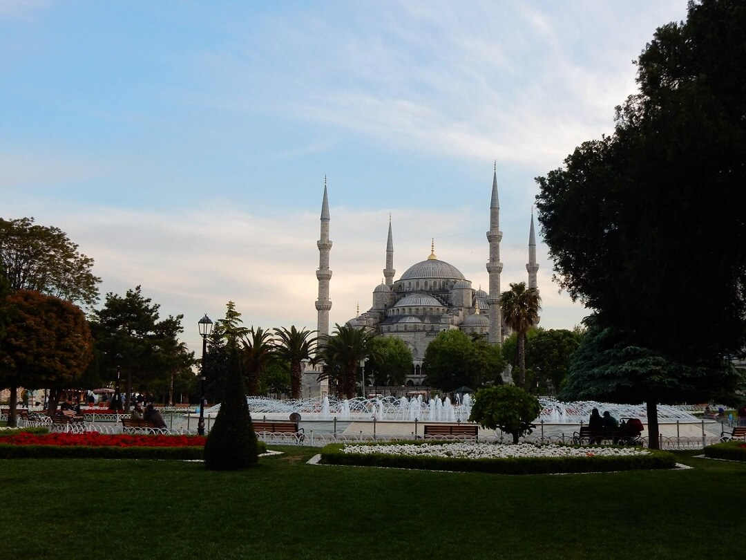 Ankara by train - The Blue Mosque in Istanbul