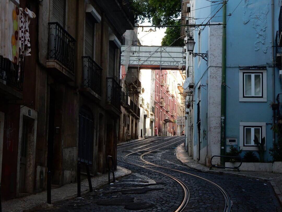 Lisbon by train - Lisbon early morning