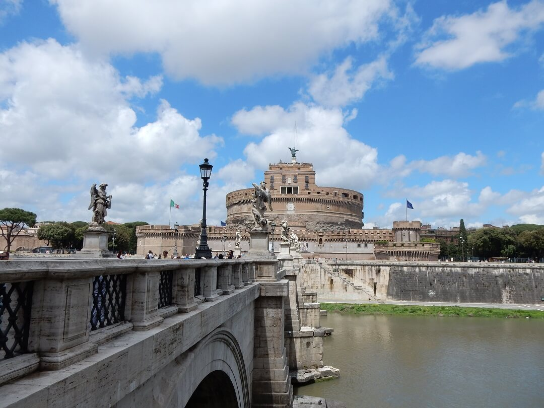 Night-Trains in Italy - Castel Sant'Angelo