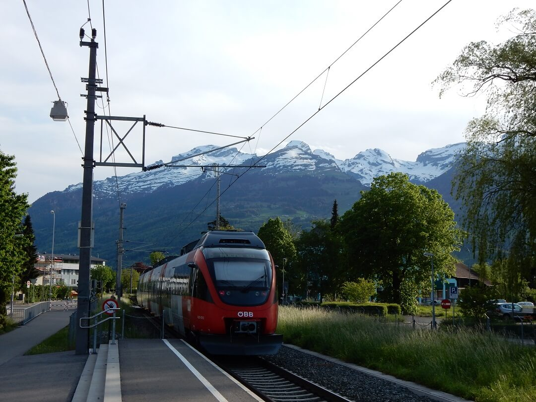Night-Trains in Switzerland - A view on Switzerland from Liechtenstein