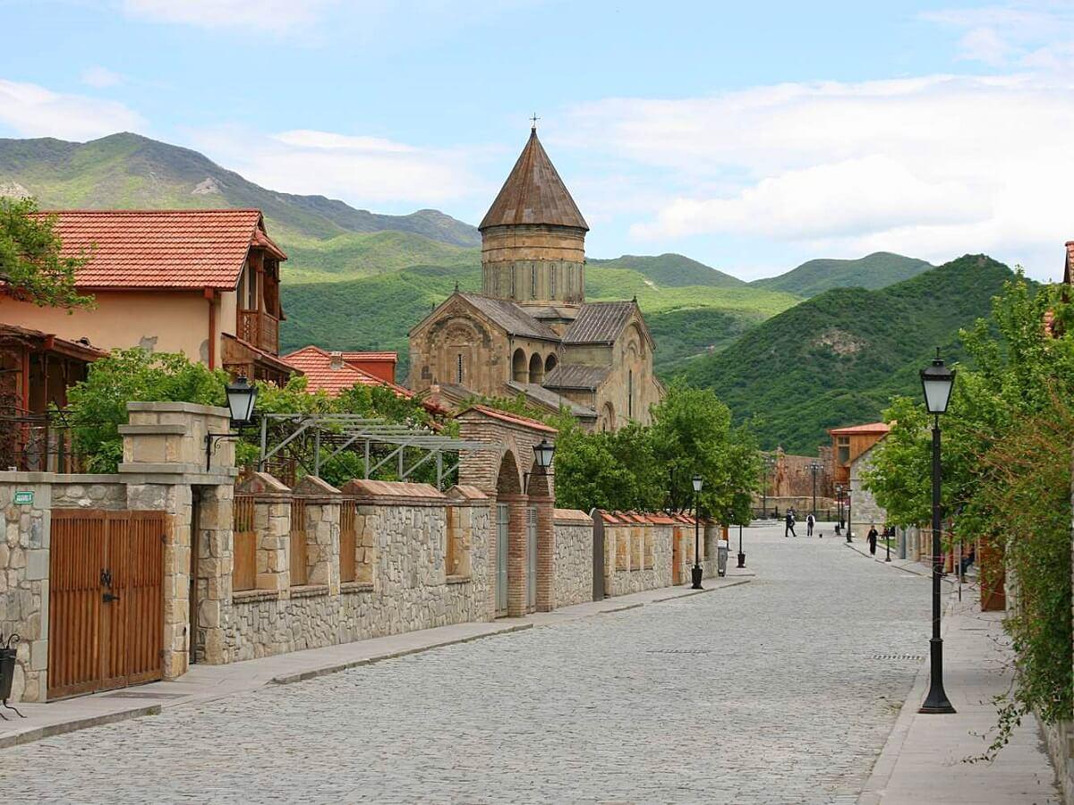 Top 5 things to see in Georgia - Mtskheta (Photo_A._Muhranoff,_2011)