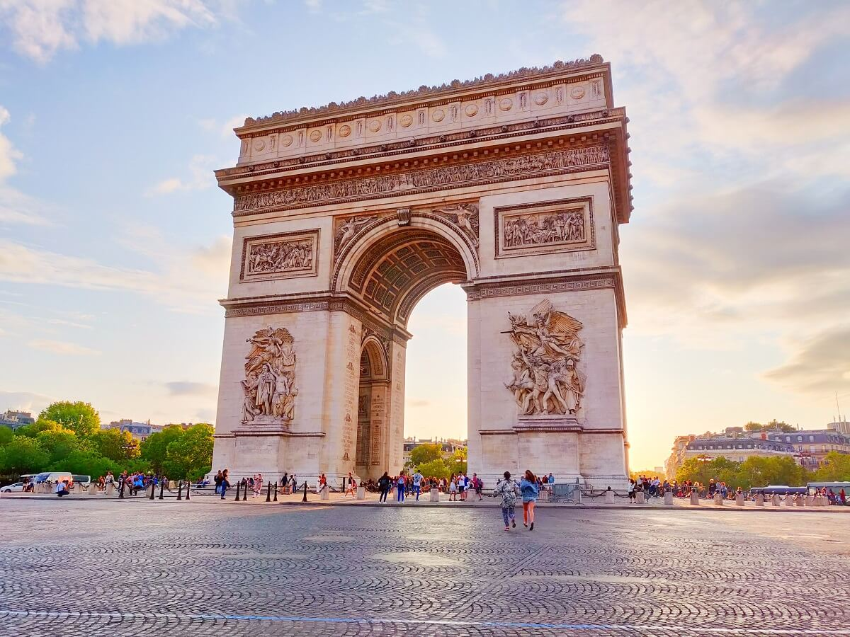 Top 10 unusual things to do in Paris - Arc de Triomphe