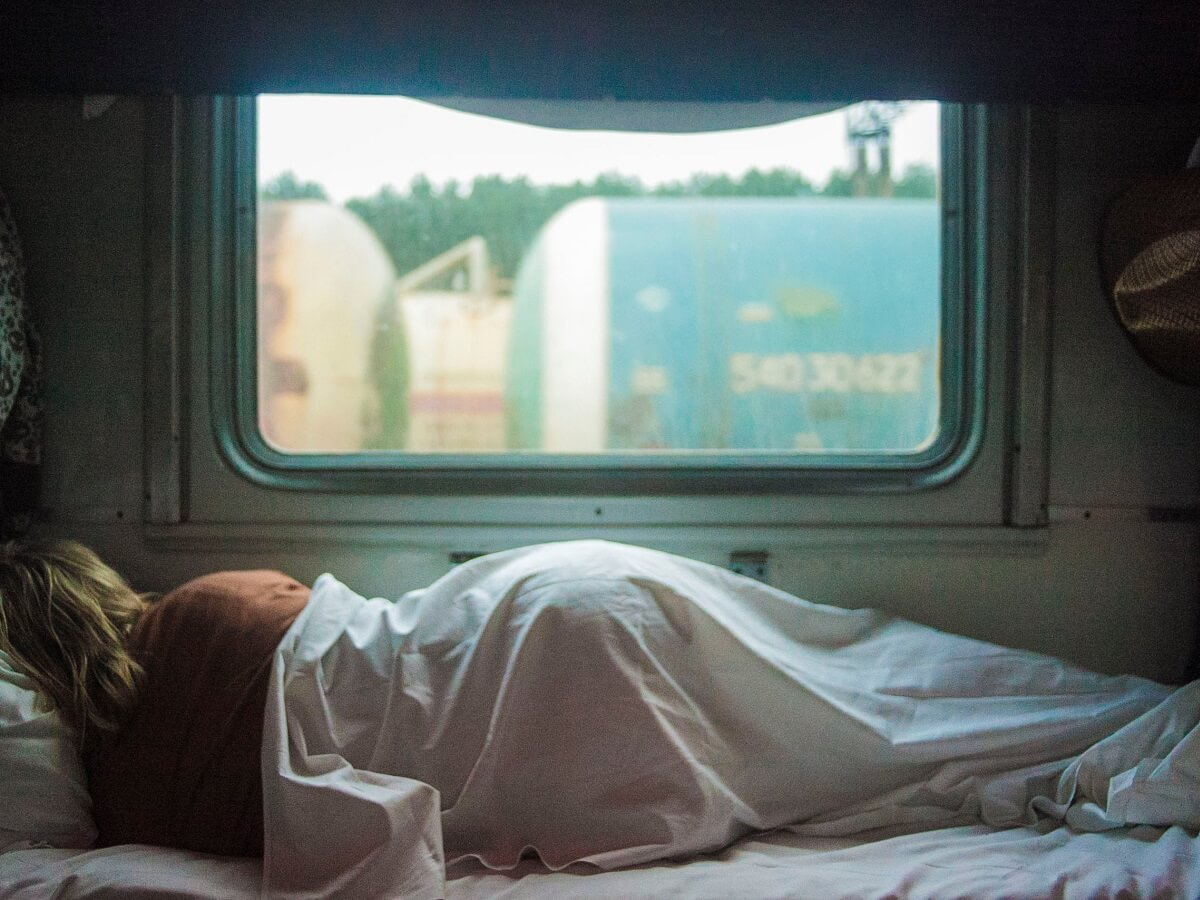 Interrail Night Train - Waking up in another country - Photo by Kalegin Michail on Unsplash