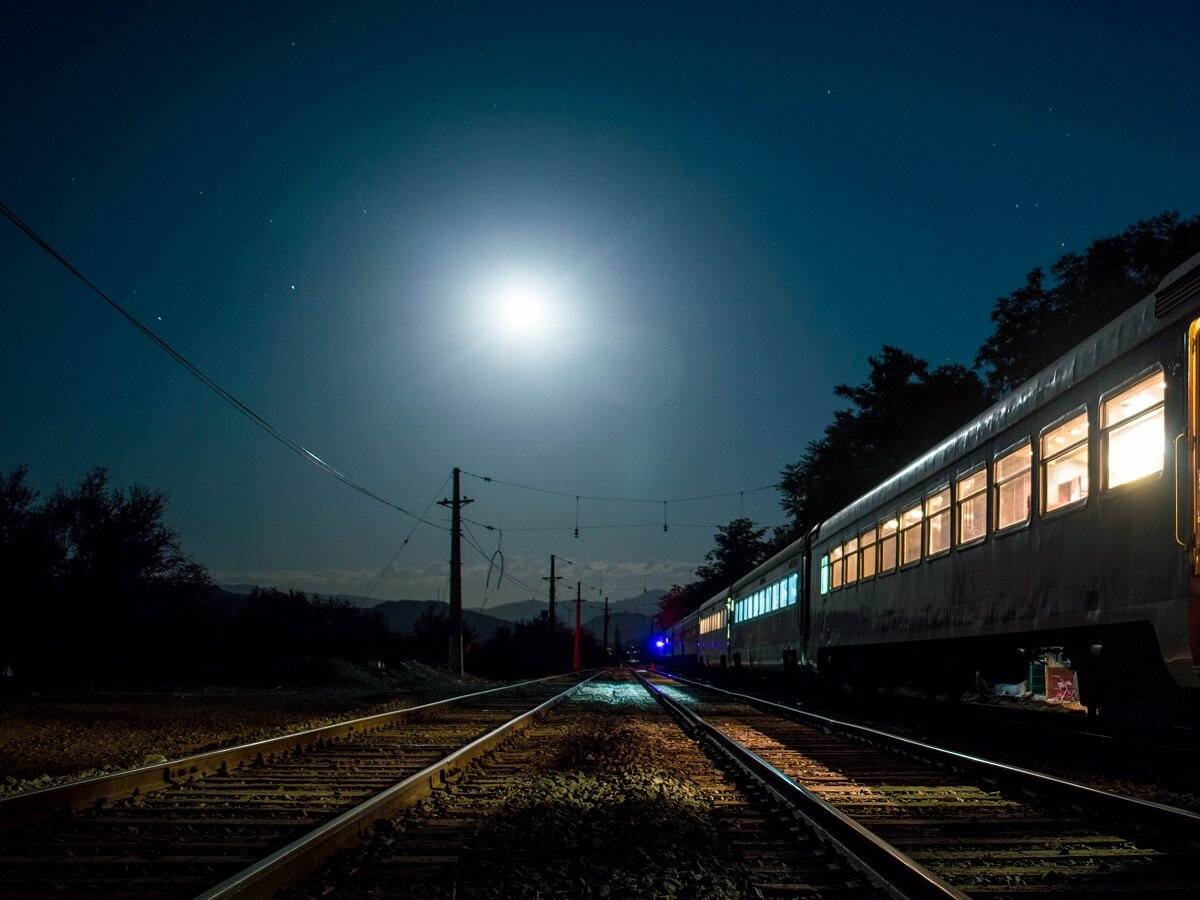 Night Trains in Montenegro - Rungue - Ignacio Olmedo Godoy - http://bit.ly/3bNGT6y