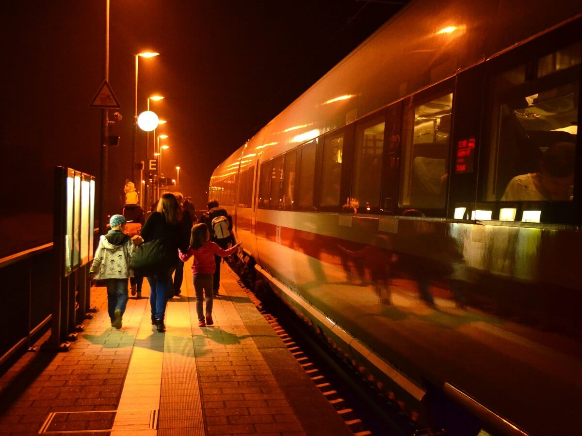 Night Trains in Spain - Where do you want to travel to? - http://bit.ly/2wlWtpF